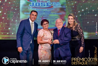 premio-destaque-em-Capanema-2171