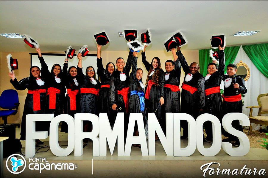 FORMATURA FAEL EM CAPANEMA